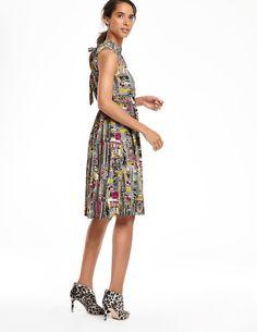 Chic Full Skirted Dress
