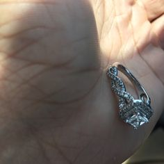 For Sale: Vera Wang Occasion Ring for $1000