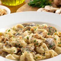 tortellini in mushroom walnut cream sauce