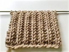 knitting patterns BRIOCHE STITCH / le point de tricot côte anglaise / вяза… – Knitting patterns, knitting designs, knitting for beginners. Knitting Videos, Crochet Videos, Knitting Stitches, Knitting Needles, Knitting Yarn, Baby Knitting, Free Knitting, Knitting Machine, Vintage Knitting