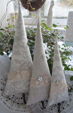 Drei Bäumchen im Landhaus - Stil - Fabric Christmas tree