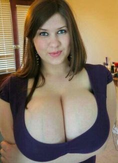 peach-curvy-naked-and-horny-women