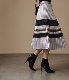 532e744ce3 REISS - SOPHIA METALLIC KNIFE-PLEAT MIDI SKIRT Knife Pleated Skirt, Pleated  Skirt Outfit