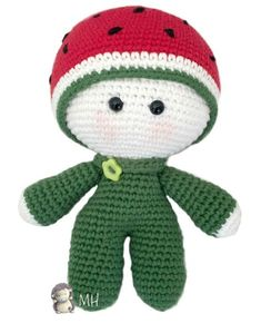Muñeco yoyo sandía Holiday Crochet Patterns, Crochet Amigurumi Free Patterns, Crochet Doll Pattern, Crochet Books, Crochet Crafts, Crochet Projects, Doll Toys, Baby Dolls, Pop Dolls