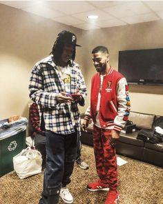 Cute Rappers, Wiz Khalifa, The Wiz, Weed, Christmas Sweaters, Amber, Outfits, Fashion, Men's Fashion Styles
