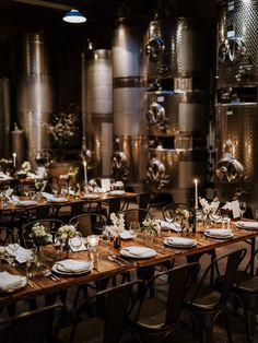 Seriously, this Williamsburg wedding spot is spot-on. You'll want to take a look if good food, great wine, and a gorgeous guest experience are way up there on your list. New York Wedding Venues, Unique Wedding Venues, Wedding Decor, Wedding Spot, Wedding Goals, The 'burbs, Best Day Ever, Night Life, Brooklyn