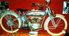 Voce dell'Almanacco del 28 agosto, per la rubrica 'Accadde Oggi'. Evento avvenuto 112 anni fa. Nel 1901 a Milwaukee (Wisconsin) nasce qualcosa di più di una semplice motocicletta, nasce un mito. Due ventenni, William Harley e...