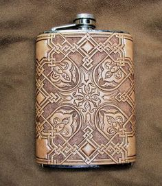 NIce flask cover by Crystal at leatherworker.net