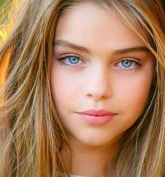 Jade Weber ~ beautiful close up Most Beautiful Faces, Beautiful Children, Beautiful Eyes, Beautiful Pictures, Pretty Eyes, Cool Eyes, Girl Face, Woman Face, Pure Beauty