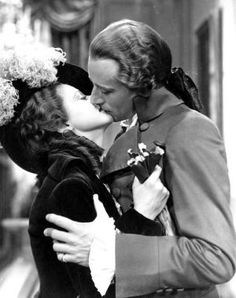Leslie Howard and Heather Angel in Berkeley Square Classic Hollywood, Old Hollywood, Hollywood Icons, Hollywood Actresses, Actors & Actresses, Heather Angel, Leslie Howard, The Scarlet Pimpernel, Movie Kisses