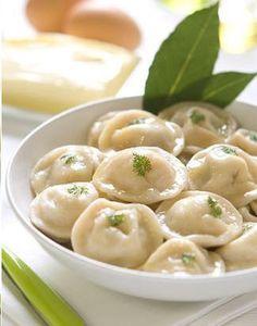 Ukraine Mold For Russian Pelmeni Ravioli Meat Dumplings Ukrainian Recipes, Russian Recipes, Russian Foods, Ravioli, Pelmeni Recipe, Good Food, Yummy Food, Recipe Details, Saveur