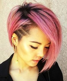 Long pixie hairstyles are a beautiful way to wear short hair. Many celebrities are now sporting this trend, as the perfect pixie look can be glamorous, elegant and sophisticated. Here we share the best hair styles and how these styles work. Edgy Short Haircuts, Asymmetrical Bob Haircuts, Haircuts For Fine Hair, Cute Hairstyles For Short Hair, Short Hair Styles, Layered Hairstyles, Braid Hairstyles, Asymmetric Hair, Asymmetrical Pixie