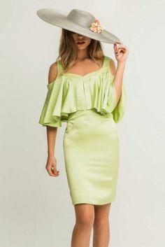 Vestido corto gasa satinada verde pistacho lima para fiesta de dia coctel evento elegante o vestido con capa de volantes y hombros descubiertos shoponline