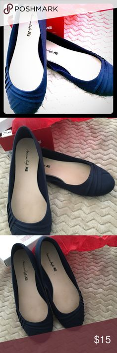 🔥Sale🔥American Eagle Flat Shoe Bree Bree L Navy American Eagle 🦅 Bree Bree L Navy Marine Flat Women Shoes 7.5 very comfy worns just one day !Like New! American Eagle By Payless Shoes Flats & Loafers