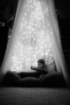 Lighted kids reading nook. Every child needs a reading nook.  I am totally doing this is year for the holidays.
