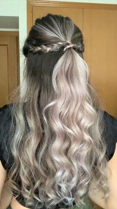 Curled Hairstyles For Medium Hair, Braids For Short Hair, Half Up Half Down Hairstyles, Hair Down With Braid, Braided Half Up Half Down Hair, Medium Length Hairdos, Cute Hairstyles With Curls, Half Braid, Fancy Hairstyles