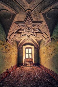Dresden-based young photographer Matthias Haker...yet he proved to have an eye for emphasizing the magical charm of abandoned buildings in his 'Decay' project that fully conveys the exclusive beauty he sees in them.