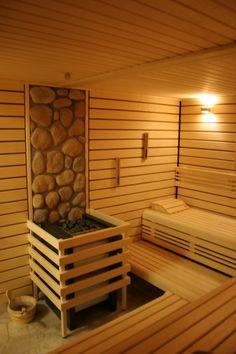 Of all the facilities you can use in a spa, the most popular one has to be a sauna. Saunas, Diy Sauna, Steam Bath, Steam Room, Outdoor Sauna, Outdoor Decor, Sauna Design, Finnish Sauna, Sauna Room