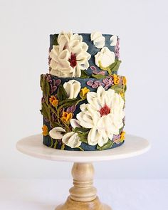 Creative hand-painted cake, you will love it - LilidiyYou can find Hand painted cakes and more on our website.Creative hand-painted cake, you will love it - Lilidiy Gorgeous Cakes, Pretty Cakes, Cute Cakes, Amazing Cakes, Bolo Cake, Hand Painted Cakes, Wedding Cake Designs, Wedding Cakes, Best Cake Designs