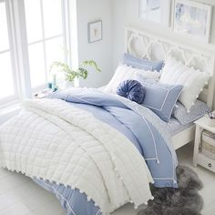 Find cute and cool girls bedroom ideas at Pottery Barn Teen. Shop your dream room with our teen room inspiration and ideas. Blue Teen Girl Bedroom, Teen Girl Bedrooms, Girl Room, Blue Bedroom Ideas For Girls, Teen Bedroom Lights, Room Ideas Bedroom, Dream Bedroom, Dream Rooms, Bedroom Designs