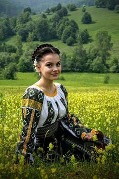 Women from Ukraine and Russia are looking for good, honest and reliable men like you! Ukraine Women, Ukraine Girls, Folk Fashion, Ethnic Fashion, Traditional Fashion, Traditional Dresses, Eslava, Costumes Around The World, Ethno Style