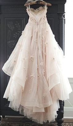Appliqued Tulle Wedding Gowns,Princess Wedding Dress With Flowers,A-line Wedding. - Appliqued Tulle Wedding Gowns,Princess Wedding Dress With Flowers,A-line Wedding Dress The - Pink Wedding Gowns, Tulle Wedding Gown, Wedding Dresses With Flowers, Blush Pink Weddings, Princess Wedding Dresses, Flower Dresses, Pretty Dresses, Bridal Dresses, Beautiful Dresses