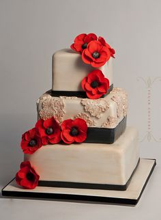 red poppies + lace. #cake #wedding #party