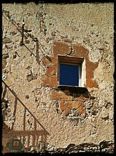 Casavells. Girona.  #3amiem