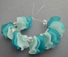 18 Pc Abstract Rose Petals Beads Charms Frosted Acrylic Teal & White Focal Jewelry