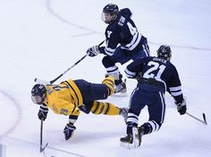 Pittsburg, PA-- Quinnipiac Vs Yale first period action. Photo-Peter Casolino/Register