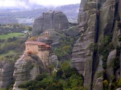 Meteora Monastery – UNESCO World Heritage Site. Photo by alaskapine Places To Travel, Places To See, Hidden Places, Travel Destinations, Greece Travel, Travel Europe, Greece Trip, Day Tours, World Heritage Sites