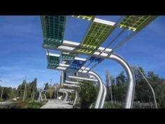 Pérgolas que iluminan gracias a placas #fotovoltaicas en un parque de #Barcelona