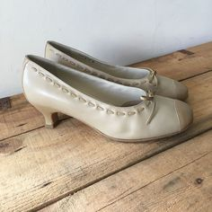 UK SIZE 5 WOMENS HOTTER PANACHE CREAM VINTAGE STYLE HEELS COURT SHOE WITH BOW