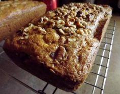 Shhh don't tell them it's squash bread! Yellow Squash Bread Recipe, Summer Squash Bread, Yellow Squash Recipes, Summer Squash Recipes, Bread Recipes, Baking Recipes, Cake Recipes, Dessert Recipes, Veggie Recipes