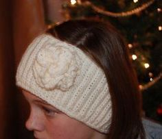 Crochet headband and ear warmer pattern.