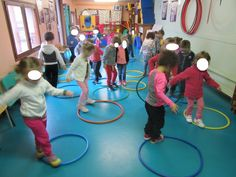 Yoga For Preschool Age Physical Activities For Kids, Exercise Activities, Gross Motor Activities, Fun Activities For Kids, Physical Education, Yoga For Kids, Exercise For Kids, Chico Yoga, Nursery Activities