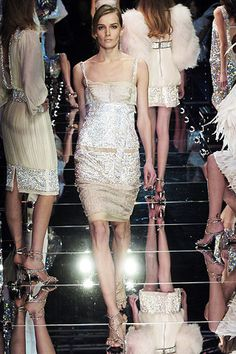 Dolce & Gabbana Fall 2005 Ready-to-Wear - Collection - Gallery - Style.com