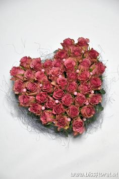 Vergeet #Valtentijnsdag niet... https://www.bissfloral.nl/blog/2015/02/09/vergeet-valtentijnsdag-niet/