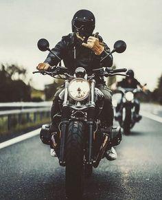 Badass biker ▲ the fiz way: badass bikers ▲ motorcycle bike, Motorcycle Men, Chopper Motorcycle, Cafe Racer Motorcycle, Motorcycle Style, Motorcycle Outfit, Biker Style, Motorcycle Accessories, Motos Vintage, Vintage Motorcycles
