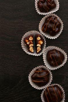 Salted Peanut Caramel Clusters