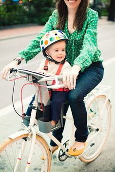 baby bike seat in the front! Oh I think P would LOVE this!