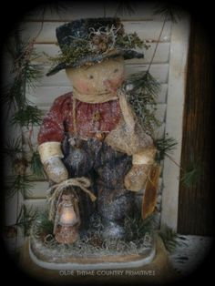 Primitive Olde Thyme Folk Art Snowman With Lantern On A Wood Base