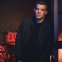 See Andrew Garfield, Nathan Lane, Russell Tovey & the Cast of the National Theatre's Angels in America | Broadway Buzz | Broadway.com