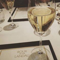 Cheers to the weekend!!!! Prosecco yes please...#restaurant #foodie#foodstagram #foodporn #instafood #rouxatthelandau #london #thelangham #regentsstreet #albertroux #michelrouxjr #dinner #fridaynight #prosecco by natalieldourado