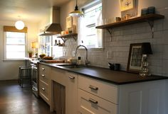 Vote for the Best Reader Kitchen: Jody Young's Modern Farmhouse
