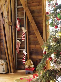 <3 Love the ladder idea for hanging stockings !!!
