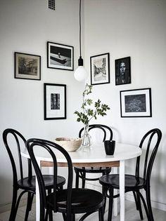 Beautiful Scandinavian Dining Room Design Ideas Home Ideas Home Interior, Decor Interior Design, Interior Decorating, Decorating Ideas, Bentwood Chairs, Dining Room Inspiration, Dining Room Lighting, Small Dining, Dining Room Design
