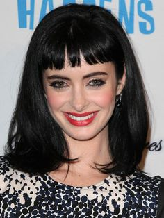 Schöne Medium Schwarz Frisuren: Medium Black Frisuren Mit Bangs ~ frauenfrisur.com Frisuren Inspiration