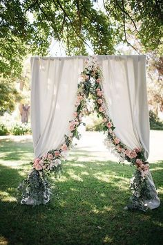 64 Budget Friendly Photo Booth Backdrop Ideas And Tutorials