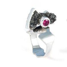Magali Thibault Gobeil - Ring
